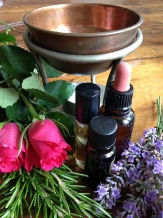 De-stress, reduce anxiety and sleep better – naturally! Essential oils