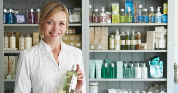 4 top tips to build beauty brand customer loyalty
