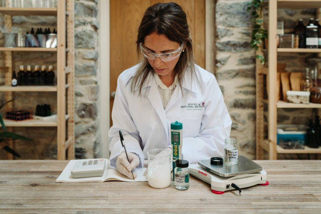 Diploma in Natural Skincare Formulation